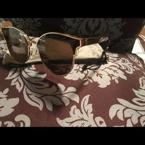 Sojos - sunglasses. Brown with gold accent.